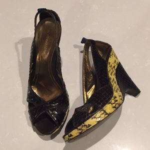 BCBGMAXAZRIA shoes platforms heels 7.5